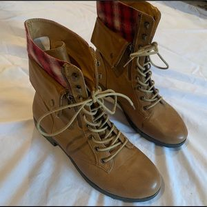Rampage lace up leather boots